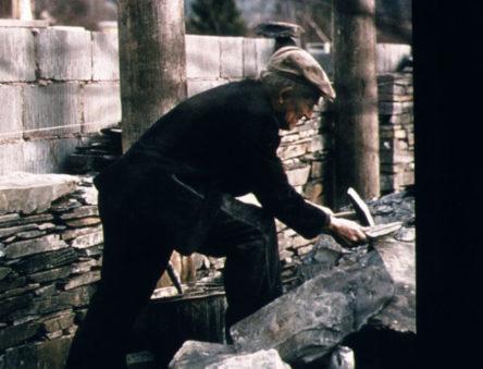 Welsh master craftsmen building slate walls